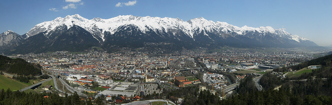 10-Innsbruck_Panorama_Nordkette_1111