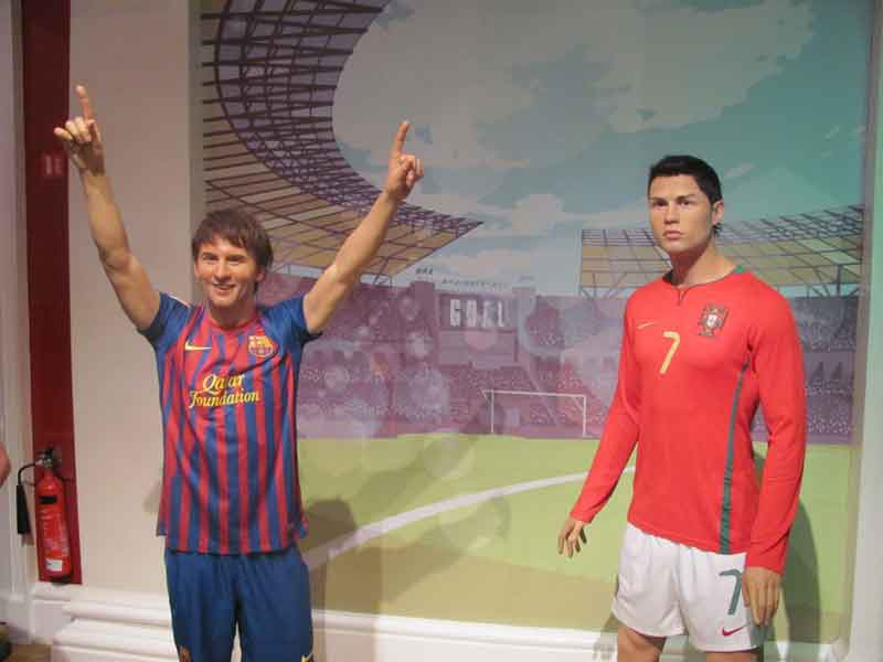 Stand side by side with your favourite music, film and cultural icons at Madame Tussauds' superb collection of wax work models