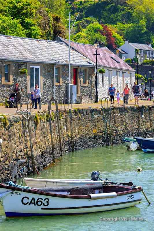 Visit Fishguard and its tapestry
