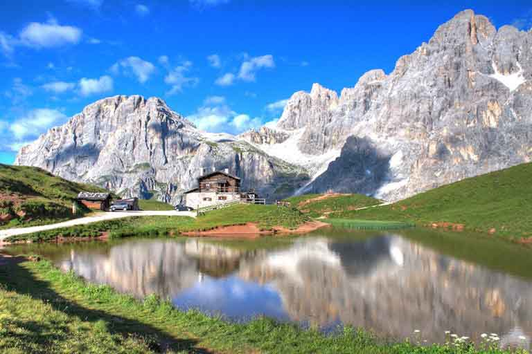 An unforgettable mountain landscape - the Dolomites and Bolzano which have maintained their many ancient traditions