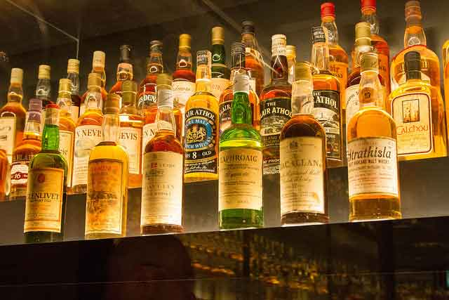 Learn about the turbulent history of the whisky smugglers at Glenlivet Distillery