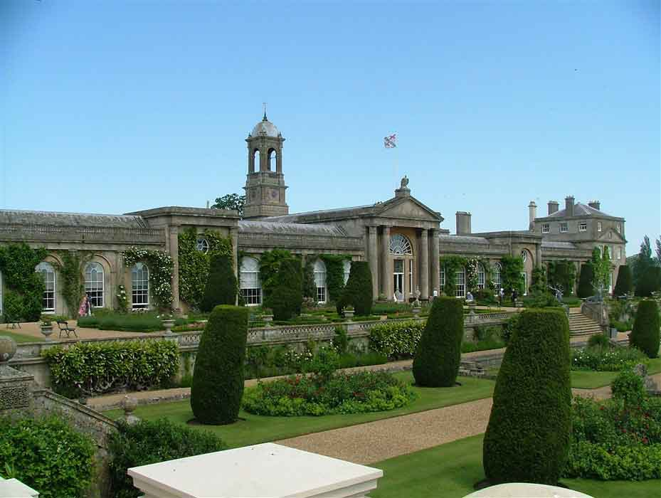 Admire Bowood House, a magnificent family home set in one of the most beautiful parks