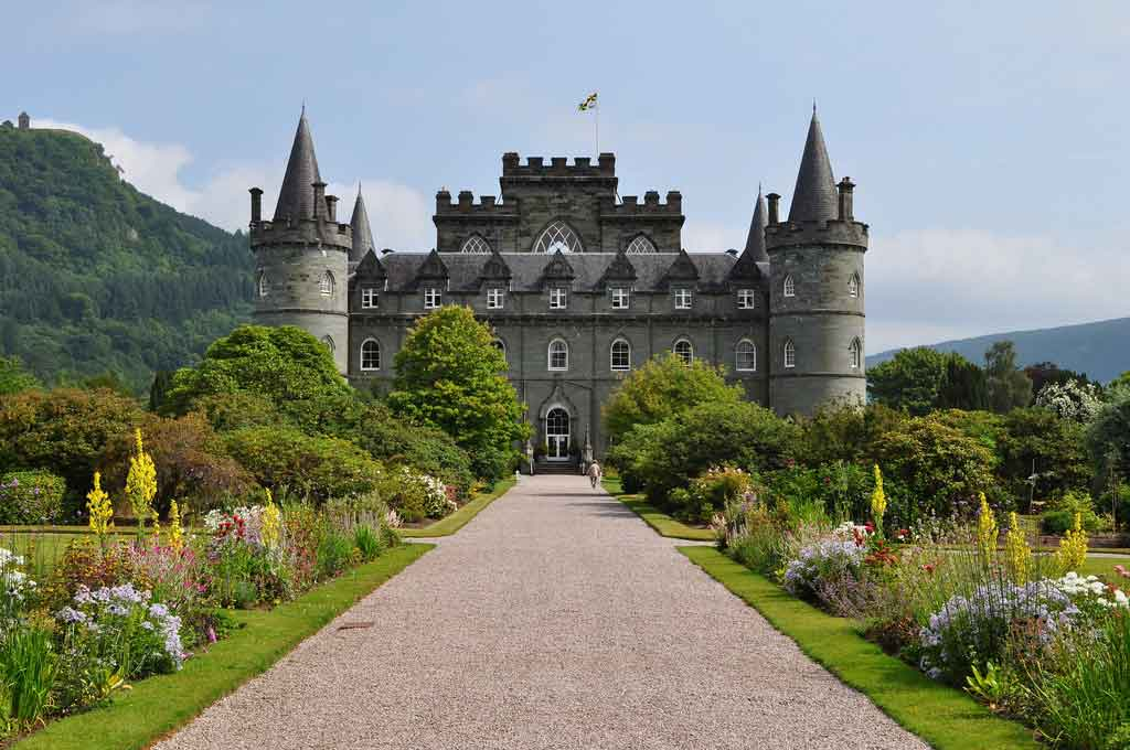 Inveraray Castle on the shores of Loch Fyne