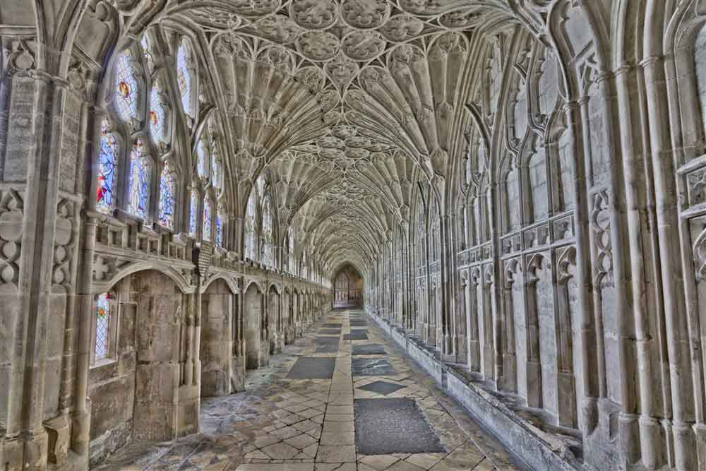 Discover the fascinating heritage of Gloucester and its cathedral