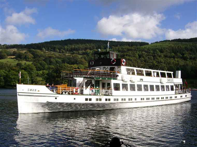 Enjoy a Windermere Lake Cruise aboard a traditional launche