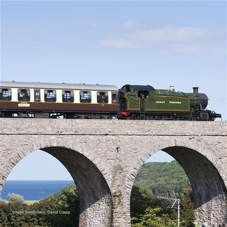 Historic and Modern Britain Group Tours