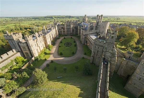 Enjoy the grandeur of the finely preserved Arundel castle with its fascinating furniture, armoury and rare collection of paintings
