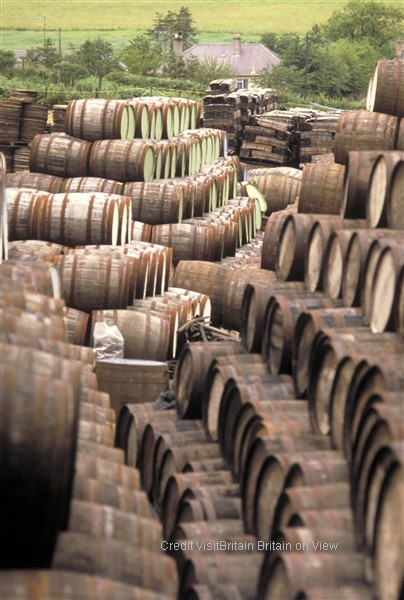 Tour of the  classic single malt distilleries: Highland Park and Scapa