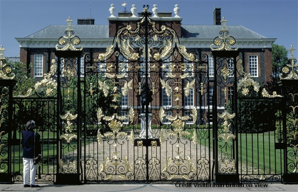 Admire the splendour of Kensington Palace, a royal palace overlooking the Round Pond in Kensington Gardens.