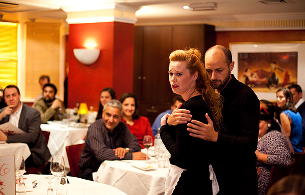 Opera dining- exquisite cuisine wrapped in the passion and romance of opera