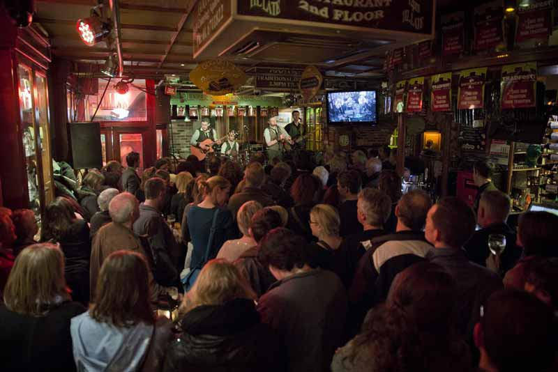 Attend one of the Front Row Sessions Pub Concerts