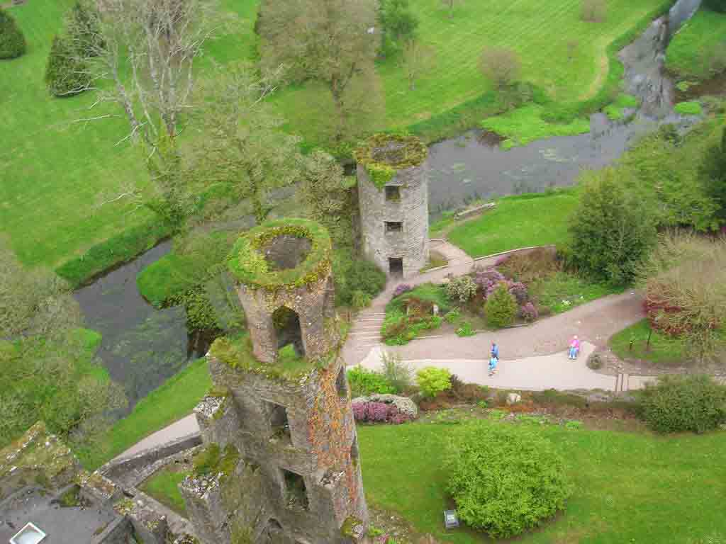 <b>Blarney Castle</b> - one of Irelands oldest and most historic castles